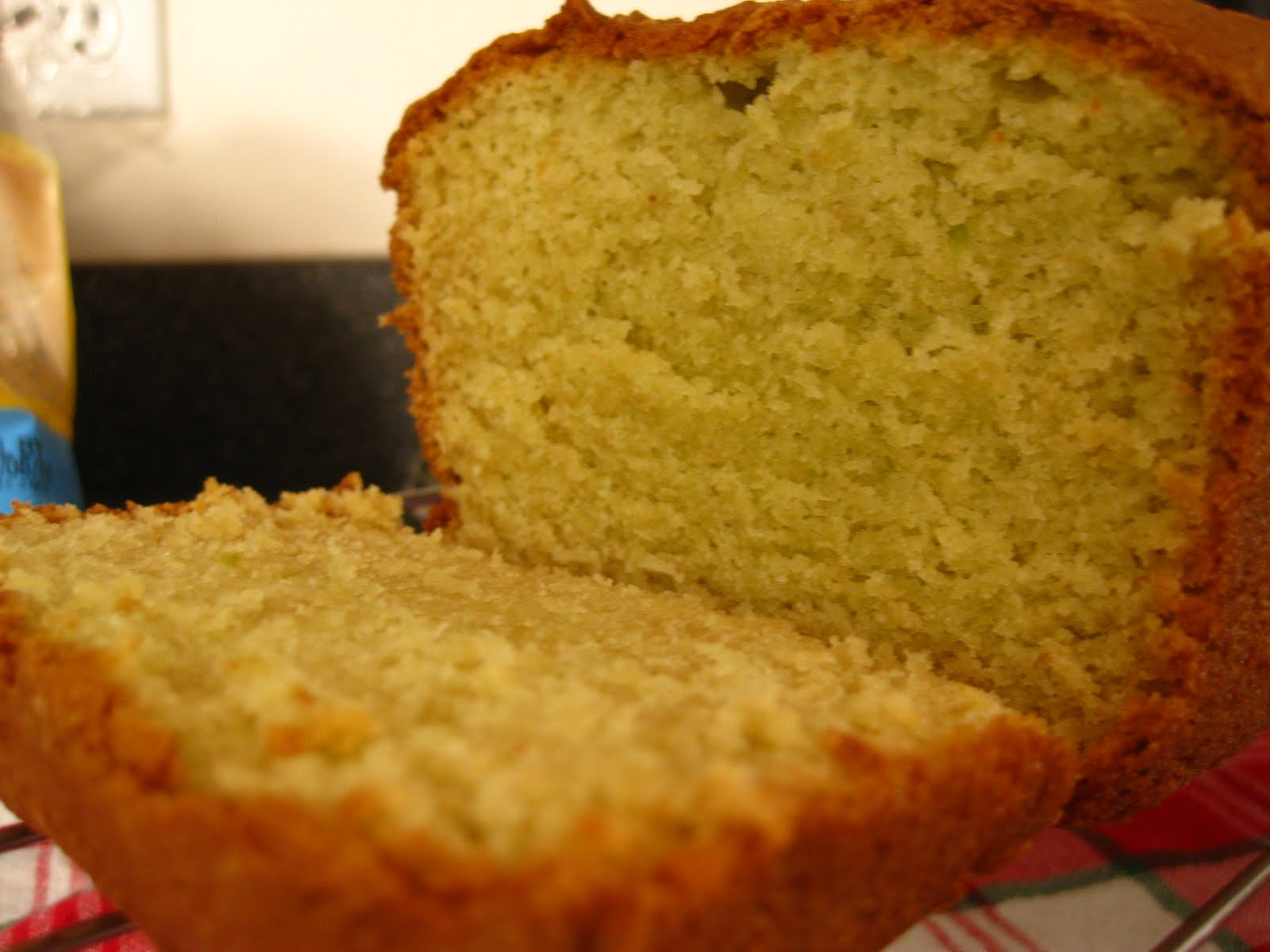 Avocado pound cake | The Sweet Life
